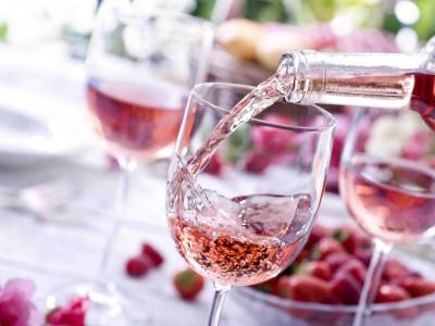 Розовое вино: как пить, с чем сочетать?